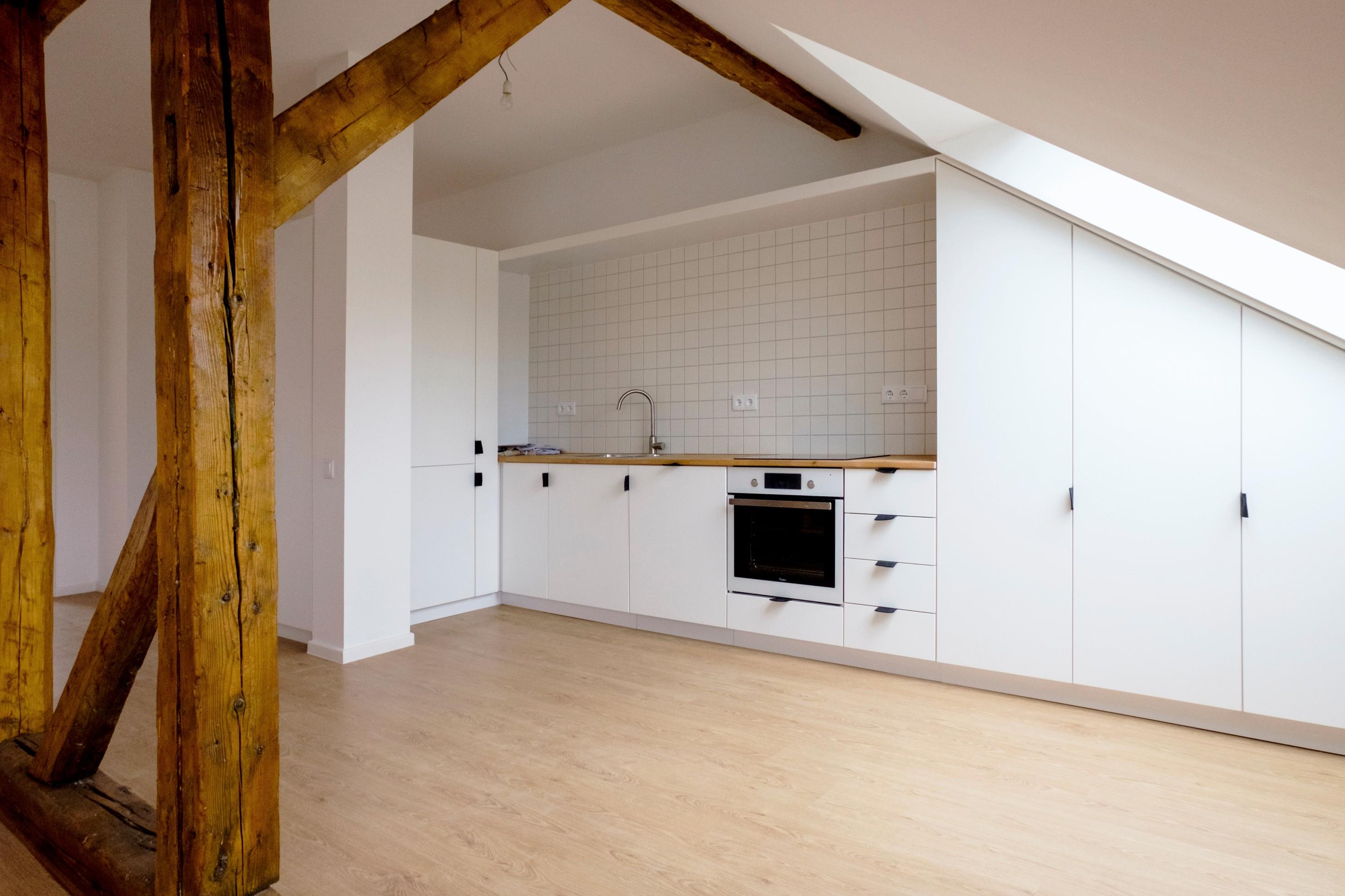 Kr71 lakásfelújítás konyha